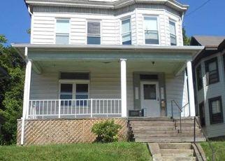 Casa en ejecución hipotecaria in Pittsburgh, PA, 15202,  DAKOTA AVE ID: F4417681