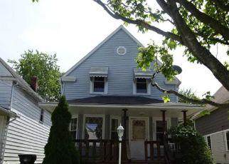 Casa en ejecución hipotecaria in Cleveland, OH, 44109,  BUCYRUS AVE ID: F4417903