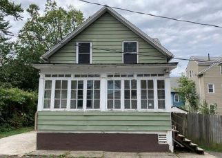 Casa en ejecución hipotecaria in Hartford, CT, 06114,  BLISS ST ID: F4418150