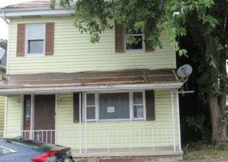Casa en ejecución hipotecaria in Halifax, PA, 17032,  ARMSTRONG ST ID: F4418372