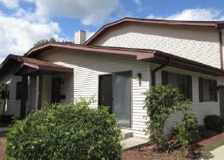 Casa en ejecución hipotecaria in Milwaukee, WI, 53223,  W MANOR CIR ID: F4419420