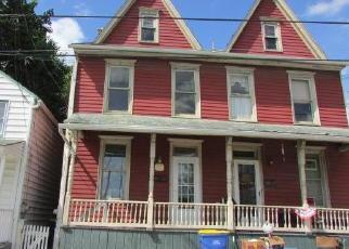 Casa en ejecución hipotecaria in Middletown, PA, 17057,  N PINE ST ID: F4419562