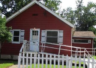 Casa en ejecución hipotecaria in Croydon, PA, 19021,  CEDAR AVE ID: F4419921
