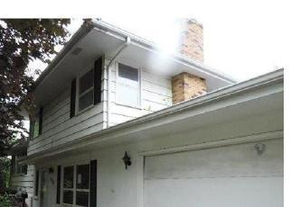Casa en ejecución hipotecaria in Minneapolis, MN, 55437,  W 106TH ST ID: F4419939