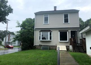 Casa en ejecución hipotecaria in Bridgeport, CT, 06604,  WOOD AVE ID: F4420290