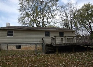 Casa en ejecución hipotecaria in Parkesburg, PA, 19365,  7TH AVE ID: F4420677