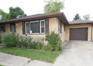 Casa en ejecución hipotecaria in Inver Grove Heights, MN, 55077,  BACON AVE ID: F4420893