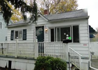 Casa en ejecución hipotecaria in Mount Morris, MI, 48458,  SOUTH ST ID: F4420988