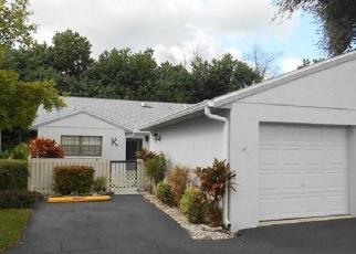 Casa en ejecución hipotecaria in Lee Condado, FL ID: F4421020