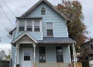 Casa en ejecución hipotecaria in Bridgeport, CT, 06608,  HAYES ST ID: F4421427