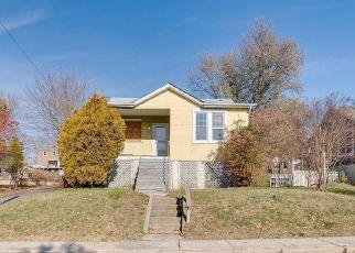 Casa en ejecución hipotecaria in Baltimore, MD, 21214,  HEMLOCK AVE ID: F4421565