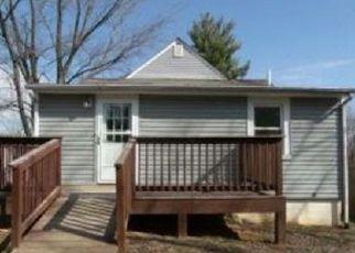 Casa en ejecución hipotecaria in Roanoke, VA, 24012,  22ND ST NE ID: F4421638