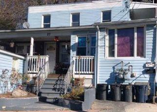 Casa en ejecución hipotecaria in Derby, CT, 06418, R HAWTHORNE AVE ID: F4422038