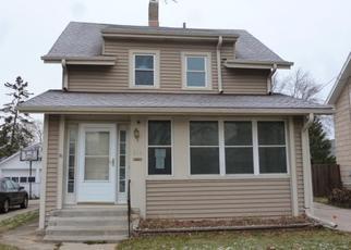 Casa en ejecución hipotecaria in Waukesha Condado, WI ID: F4422123