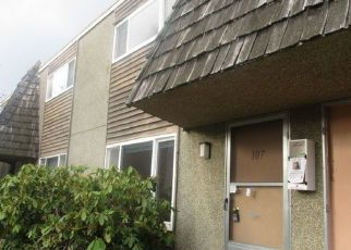 Casa en ejecución hipotecaria in Seattle, WA, 98148,  S 152ND ST ID: F4422230