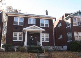 Casa en ejecución hipotecaria in Saint Louis, MO, 63113,  NORTHLAND PL ID: F4422581