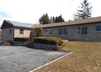Casa en ejecución hipotecaria in Lagrangeville, NY, 12540,  WATERBURY HILL RD ID: F4422843
