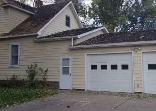 Casa en ejecución hipotecaria in Miles City, MT, 59301,  S CENTER AVE ID: F4423220
