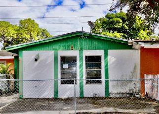 Casa en ejecución hipotecaria in Opa Locka, FL, 33055,  NW 213TH ST ID: F4423569