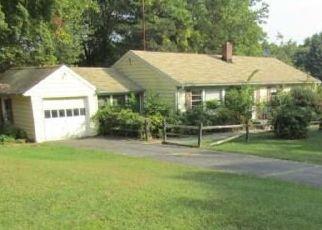 Casa en ejecución hipotecaria in Trumbull, CT, 06611,  LAURIE RD ID: F4424179