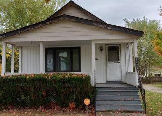 Casa en ejecución hipotecaria in Euclid, OH, 44117,  E 221ST ST ID: F4424239