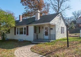 Casa en ejecución hipotecaria in Lutherville Timonium, MD, 21093,  CINDER RD ID: F4424466