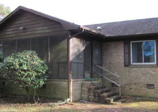 Foreclosure Home in New Bern, NC, 28560,  PELICAN DR ID: F4425229