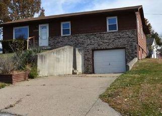 Casa en ejecución hipotecaria in Moberly, MO, 65270,  CREST DR ID: F4425283