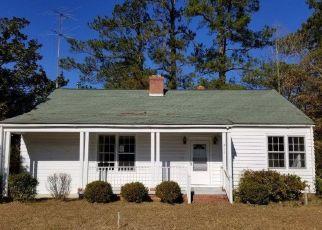 Casa en ejecución hipotecaria in Kingstree, SC, 29556,  GILLAND AVE ID: F4425670