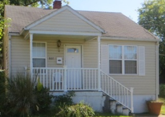 Casa en ejecución hipotecaria in Capitol Heights, MD, 20743,  57TH PL ID: F4426486