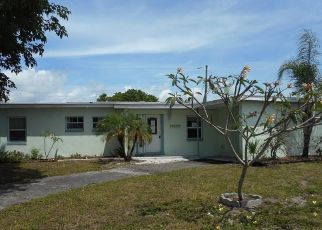 Casa en ejecución hipotecaria in Port Charlotte, FL, 33952,  BEVERLY AVE ID: F4427094