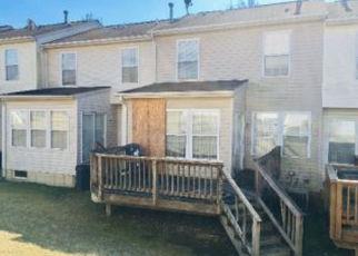 Casa en ejecución hipotecaria in Windsor Mill, MD, 21244,  CORNERSTONE WAY ID: F4428382