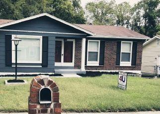 Casa en ejecución hipotecaria in Florissant, MO, 63033,  EL CAMARA DR ID: F4428538
