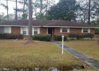 Casa en ejecución hipotecaria in Macclenny, FL, 32063,  CREWS ST ID: F4428934