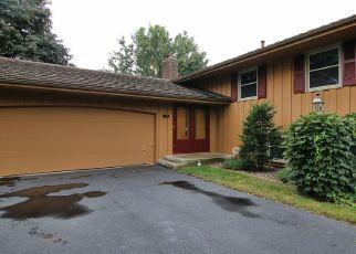 Casa en ejecución hipotecaria in Burnsville, MN, 55337,  KRESTWOOD DR ID: F4431111