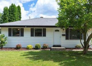 Casa en ejecución hipotecaria in Milwaukee, WI, 53224,  W DAPHNE ST ID: F4431114