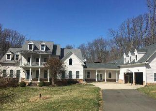 Casa en ejecución hipotecaria in Clifton, VA, 20124,  CLIFTON RD ID: F4431610