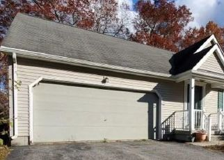 Casa en ejecución hipotecaria in North Windham, CT, 06256,  HILLTOP DR ID: F4431922