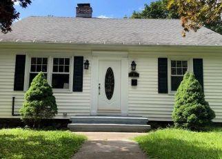 Casa en ejecución hipotecaria in Seymour, CT, 06483,  THIRD AVE ID: F4433065