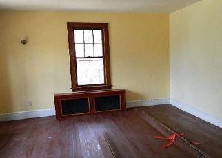 Casa en ejecución hipotecaria in Beacon Falls, CT, 06403,  ANDRASKO RD ID: F4434202