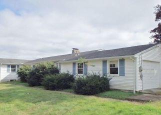 Casa en ejecución hipotecaria in Canterbury, CT, 06331,  WAUREGAN RD ID: F4434406