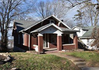 Casa en ejecución hipotecaria in Jefferson City, MO, 65101,  OAK ST ID: F4434744