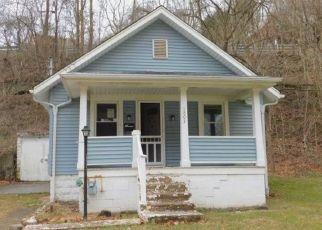 Casa en ejecución hipotecaria in Turtle Creek, PA, 15145,  LYNN AVE ID: F4435265