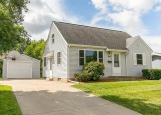 Foreclosure Home in Cedar Rapids, IA, 52402,  HOLLYWOOD BLVD NE ID: F4436172