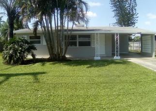 Casa en ejecución hipotecaria in Stuart, FL, 34997,  SE ROSEMONT AVE ID: F4436269
