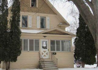 Casa en ejecución hipotecaria in Oshkosh, WI, 54902,  PLUMMER ST ID: F4436567