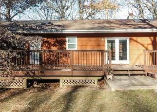 Casa en ejecución hipotecaria in Oxford, CT, 06478,  MAPLE TREE HILL RD ID: F4437539