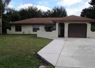Casa en ejecución hipotecaria in Port Charlotte, FL, 33952,  LAKESHORE CIR ID: F4438753