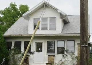 Casa en ejecución hipotecaria in Canton, OH, 44710,  11TH ST SW ID: F4438993