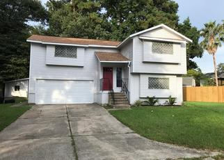 Foreclosure Home in Huffman, TX, 77336,  DRYBURGH CT ID: F4439397